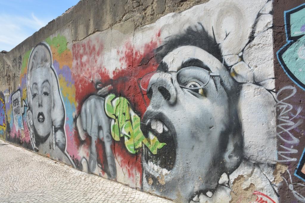 Amoreiras wall