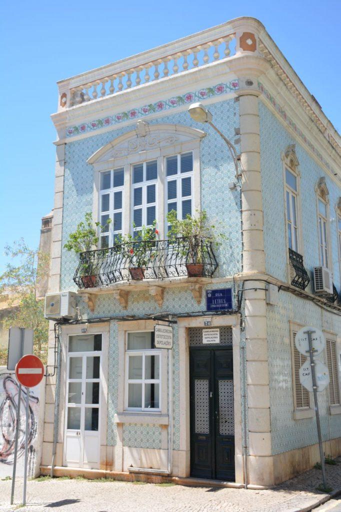 Azulejo in Faro