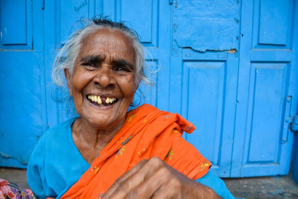 I AM - India